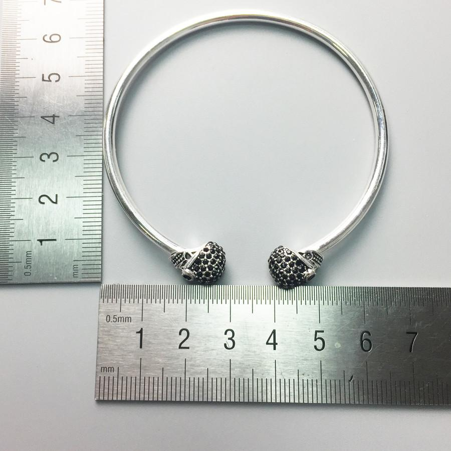 925 Sterling Silver Black Crystal Skull Bangle
