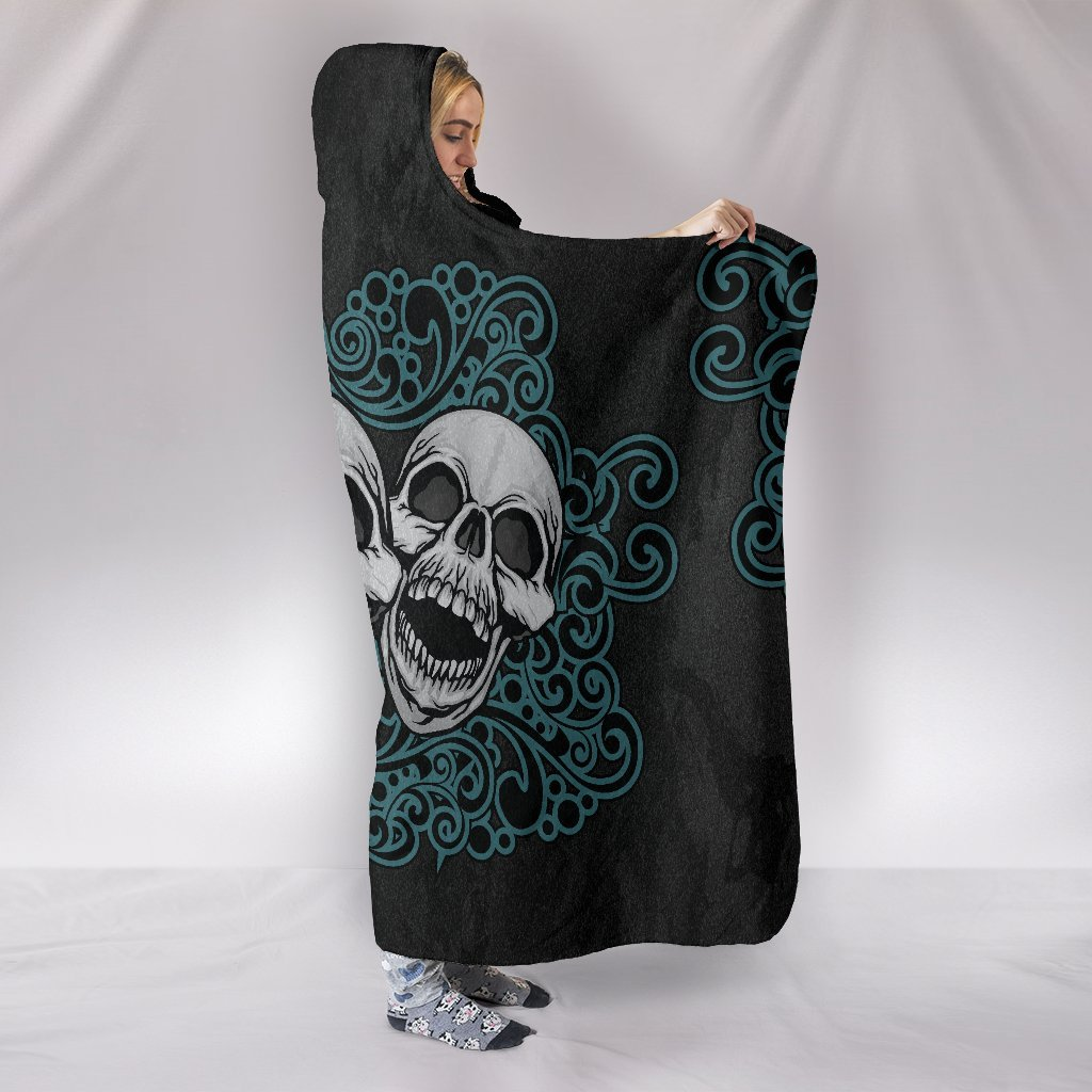 3 Skulls Hooded blanket