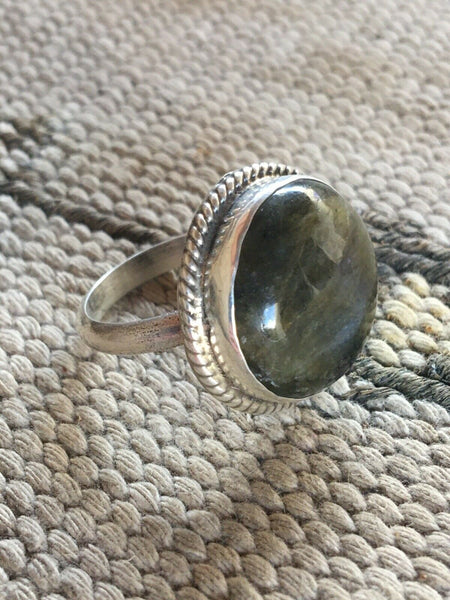 Chimney Butte Labradorite & Sterling Silver Ring Size 9 Stamped