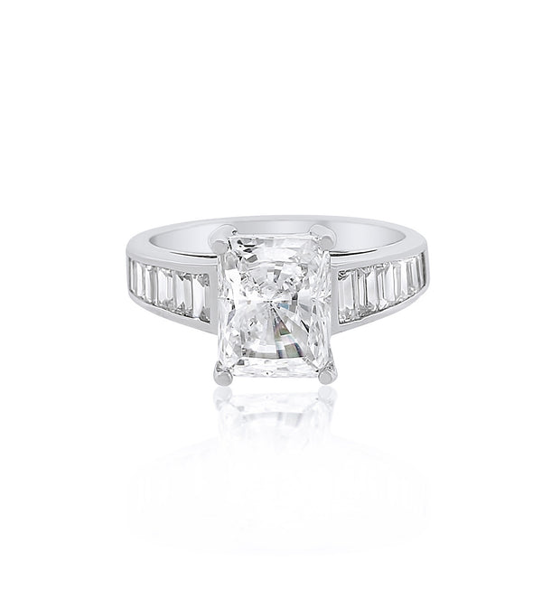 bobbyschandra-rectangle-emerald-cut-cz-silver-travel-ring