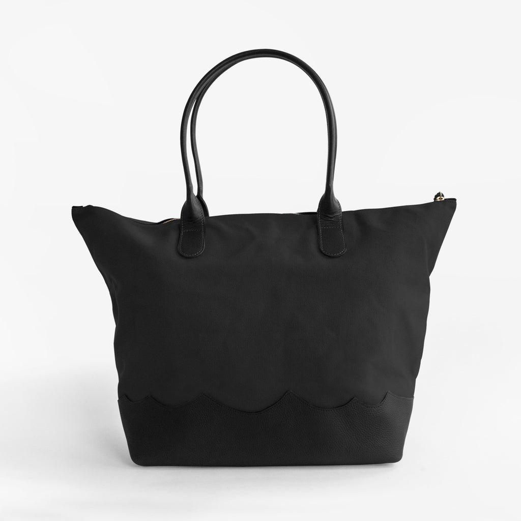 Wave Weekender in Black