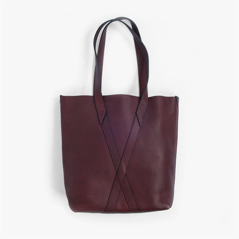Infinity Tote in Black