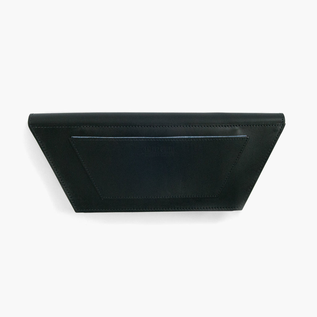 Dory Clutch in Black