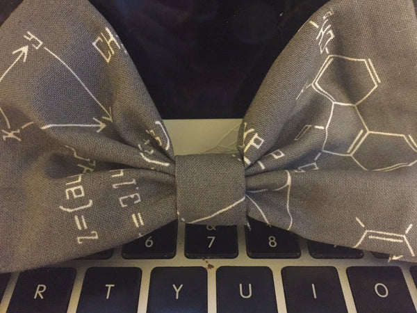 quantum physics bow tie
