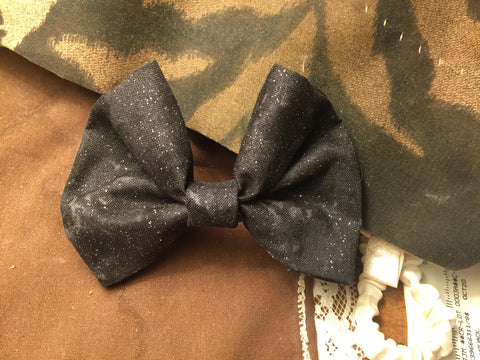 Black Hole bow-ties