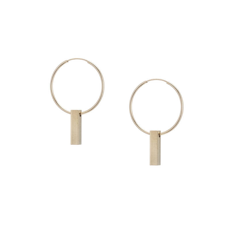 deja vú earrings