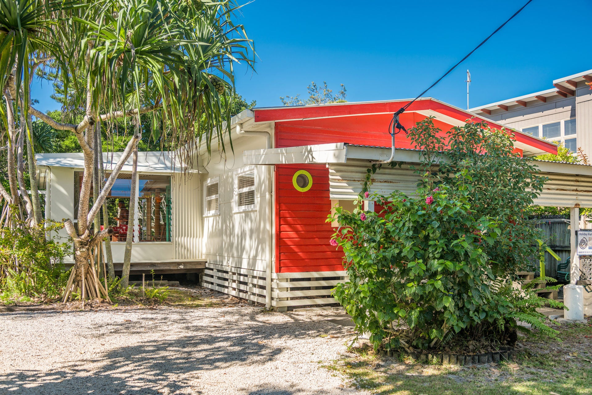 Byron Bay Beachcombers Cottage holiday rental property