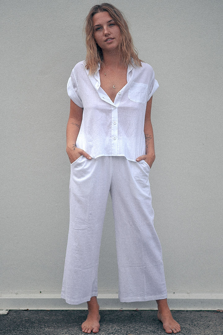 dreamersanddrifters.com.au White culotte pants Linen fabric byron bay fashion label