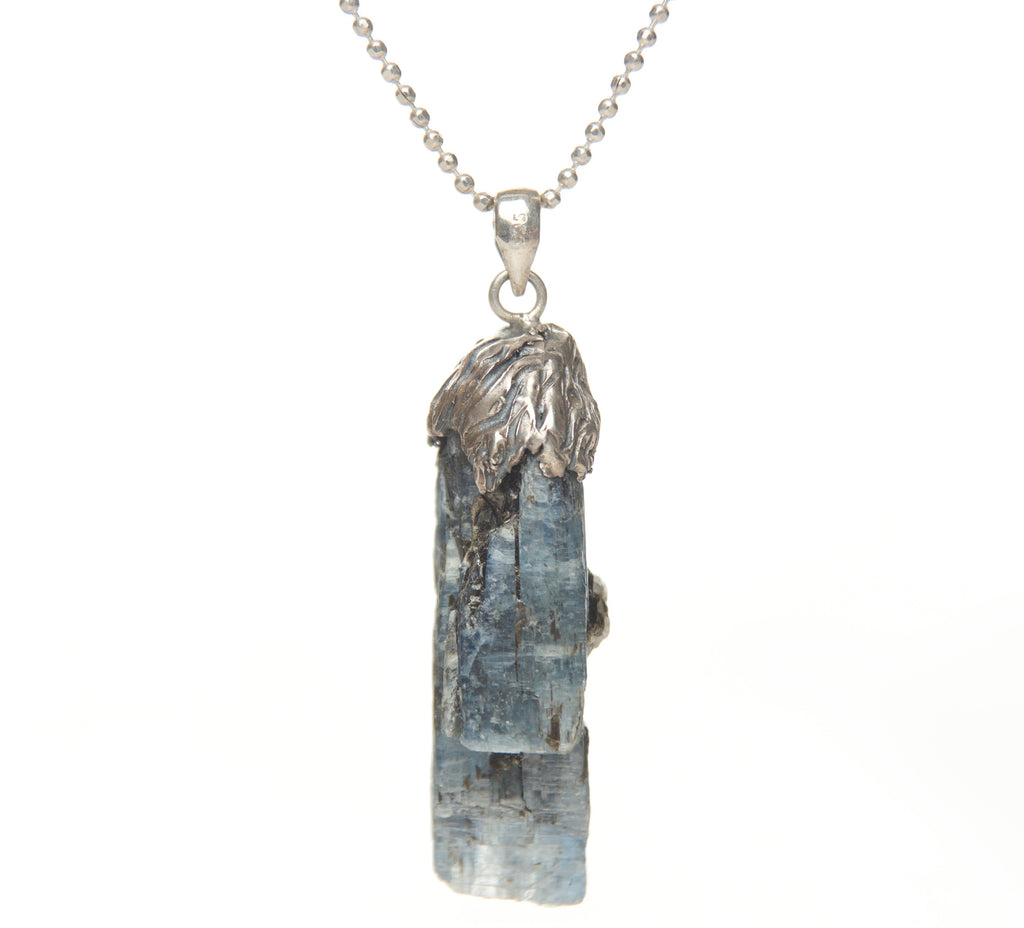OCEAN KYANITE OXADIZED NECKLACE