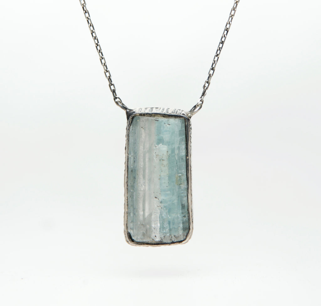 AQUAMARINE OXADIZED NECKLACE