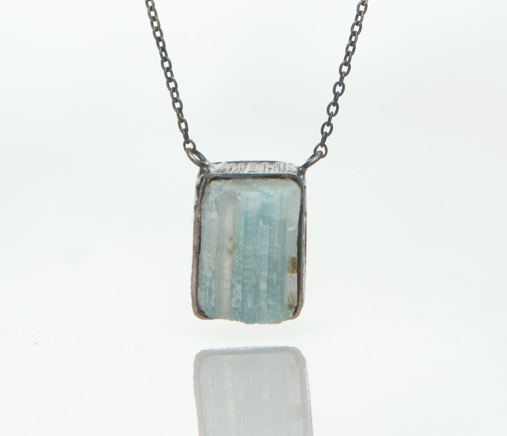 AQUAMARINE SQUARE NECKLACE