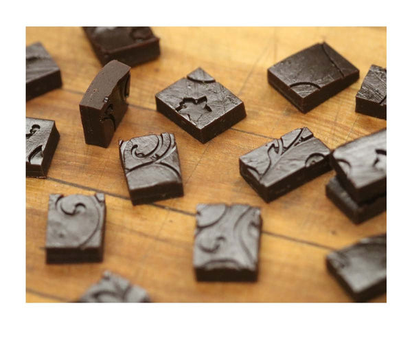 Dark Chocolate Gummy Squares 70% - Porcelano, Venezuela