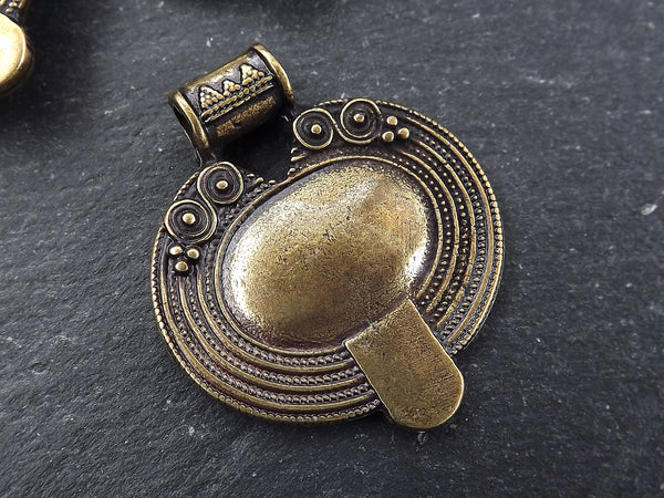 Nepalese Style Oval Artisan Heart Pendant Ethnic Tribal Pattern Rajasthan - Antique Bronze Plated - 1pc