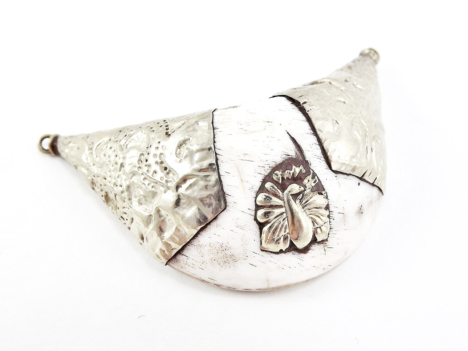 Large Conch Shell Tribal Necklace Collar Pendant - Bird Detail - Nepalese Handmade Silver Plated Brass