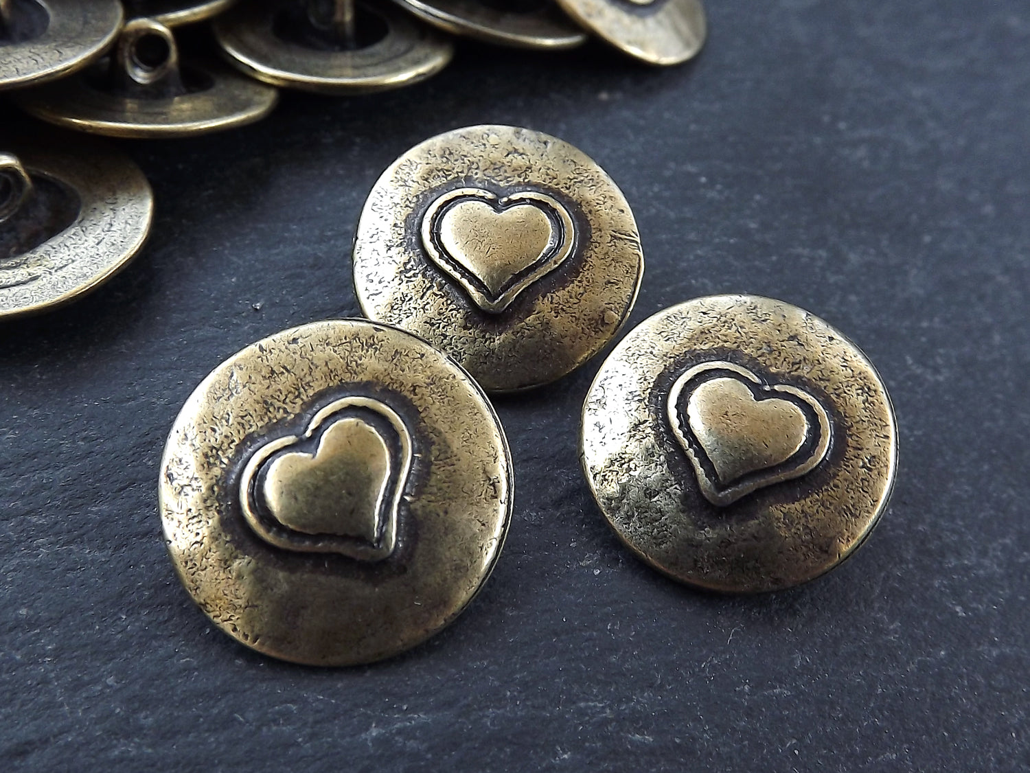 3 Rustic Metal Heart Buttons Antique Bronze Plated - Round Silver Buttons,  Metal Shank Button, Sewing Buttons, Jewelry Making Buttons