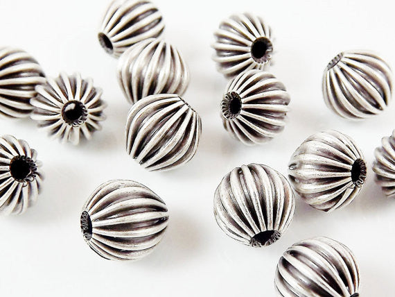 8mm Corrugated Ribbed Silver Plated Round Beads Spacers - 15 PCs