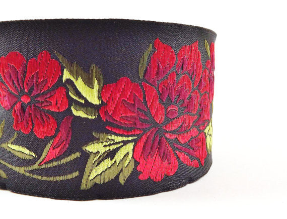 Red Peony Flower Woven Embroidered Jacquard Trim Ribbon - 1 Meter or 3.3 Feet or 1.09 Yards