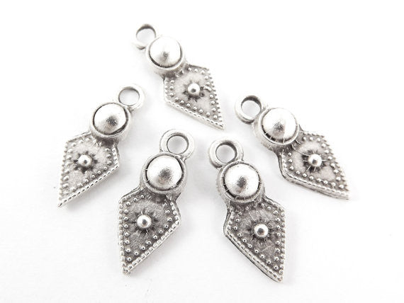 5 Rustic Cast Spear Tribal Charms - Matte Antique Silver Plated
