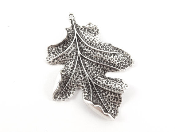 Large Oak Leaf Pendant Charm - Matte Antique Silver Plated - 1PC