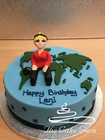 World Map With Photographer Figure Cake