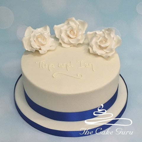 Single Tier Rose Wedding Cake