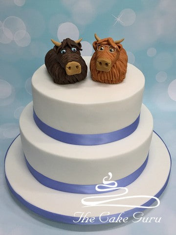 Highland Cows Wedding Cake
