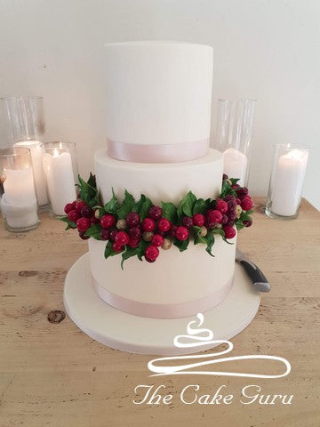 Autumn Berry Wreath Wedding Cake