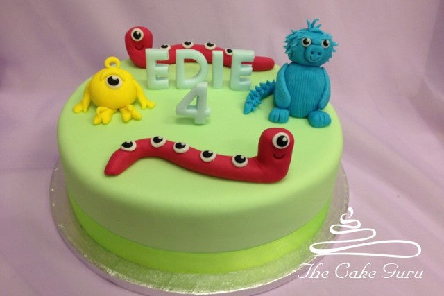 Friendly Aliens Birthday Cake