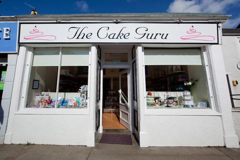 Outside The Cake Guru, Broughty Ferry High Street