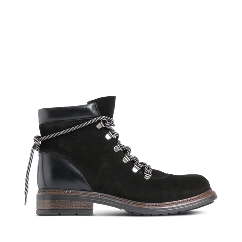 Stylesnob - Mabel track boots with rough laced-up detail