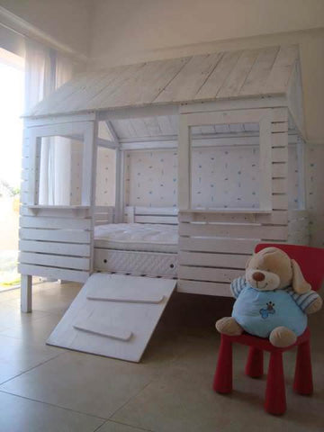 Pallet Playhouse Bed