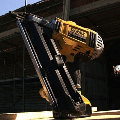 This DCN692N-XJ 18V XR Cordless li-ion Brushless Framing Nailgun from Dewalt is available via My Toolkits affiliated amazon link