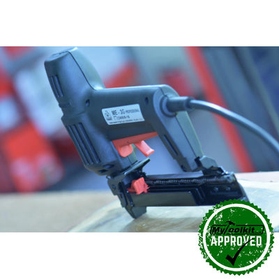 Durable and hardworking stapler form Maestri the 4000 Series Electric Stapler