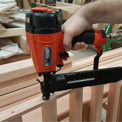 G1450V Tacwise 14 Series Stapler 19-50mm working on balustrade
