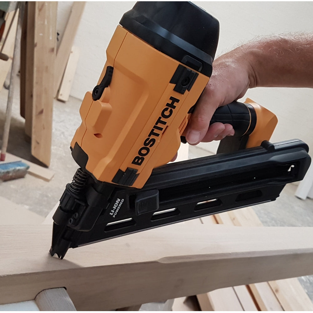 Bostitch Battery Powered 33 Degree Strip Nail Gun 50 90mm