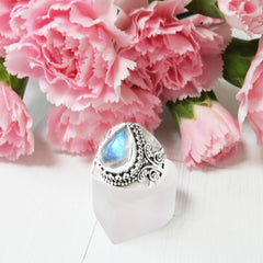 STERLING SILVER RAINBOW MOONSTONE LUXE RING