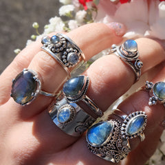 STERLING SILVER MERLIN LABRADORITE & RAINBOW MOONSTONE RING