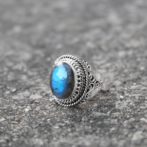 LABRADORITE MIDNIGHT SPELL RING