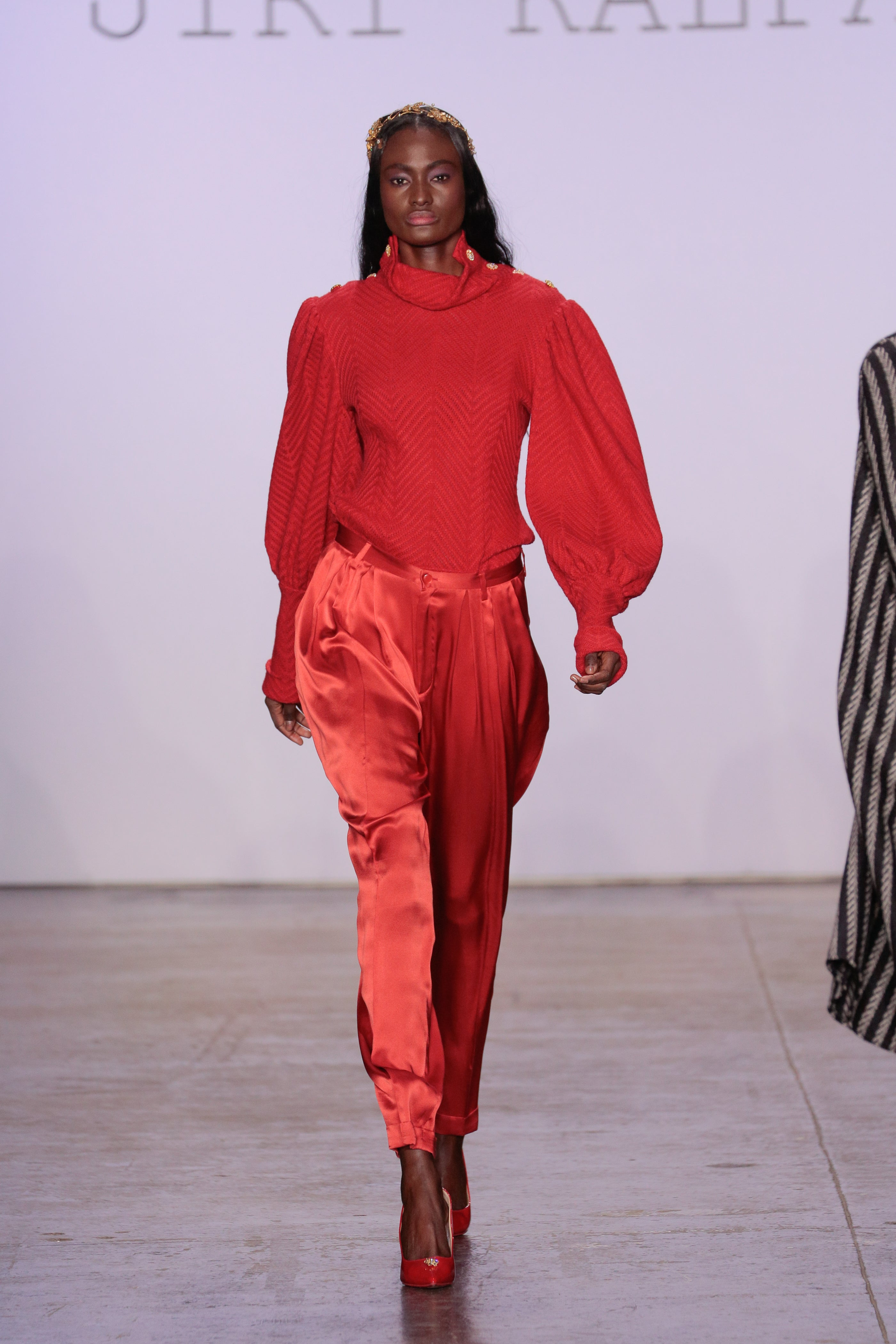 RED SILK TROUSERS WITH FRONT PLEATS