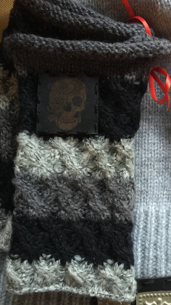Gray/black fingerless gloves/arm warmers-with skull leather patch