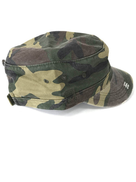 distressed camo cap with red embroidered lips patch