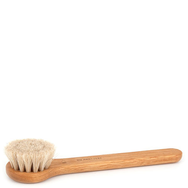 Iris Hantverk Oak And Horsehair Facebrush - Burrows and Hare