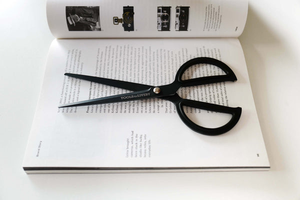 "Tools to Liveby 8"" Scissors - Black - Burrows and Hare"