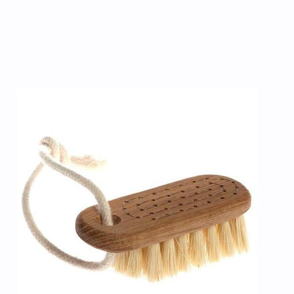 Iris Hantverk Oak & Tampico Fibre Nail Brush With String