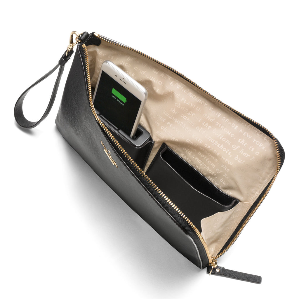 Quentin Black Wristlet: Phone Charging Clutch