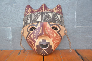 Bird mask by Chancay culture, Peru