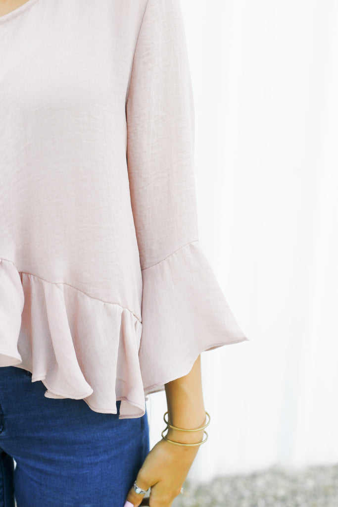 All the Frills Top - DIVI