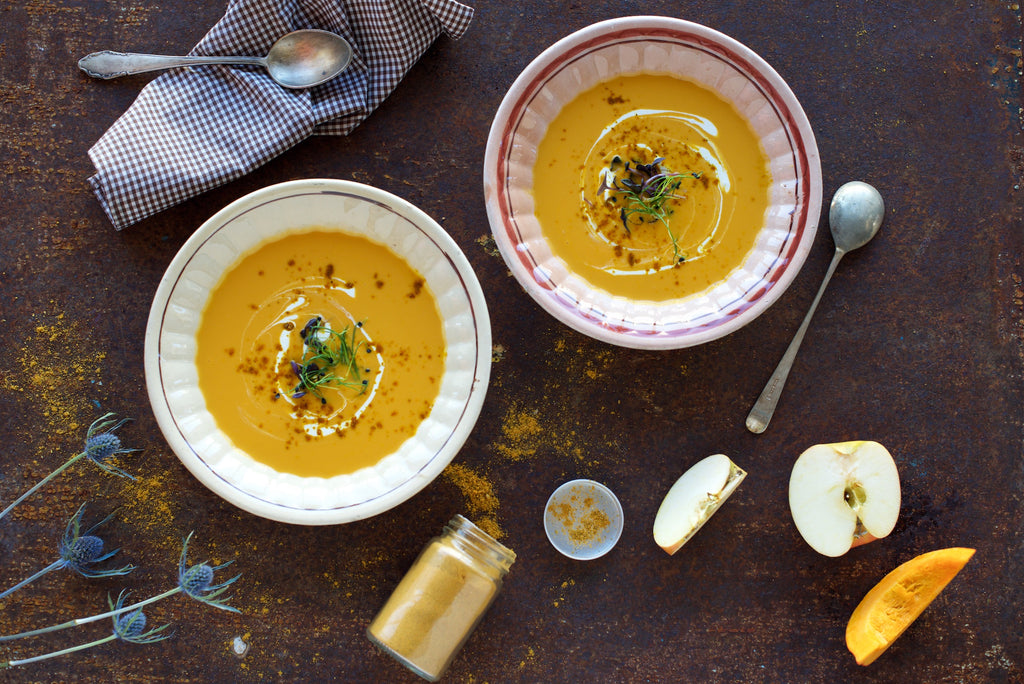 Autumn Recipe: Vegan Pumpkin and Apple Soup