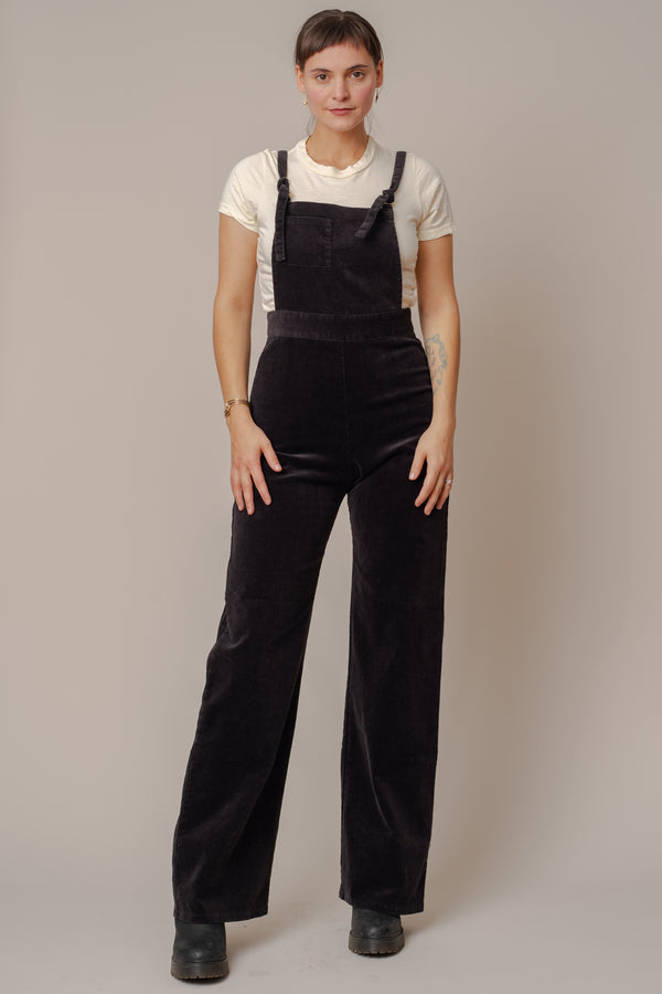 Black-High-Waisted-Stretch-Corduroy-Overalls