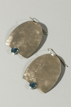 Oversized Secare Earrings with Kyanite
